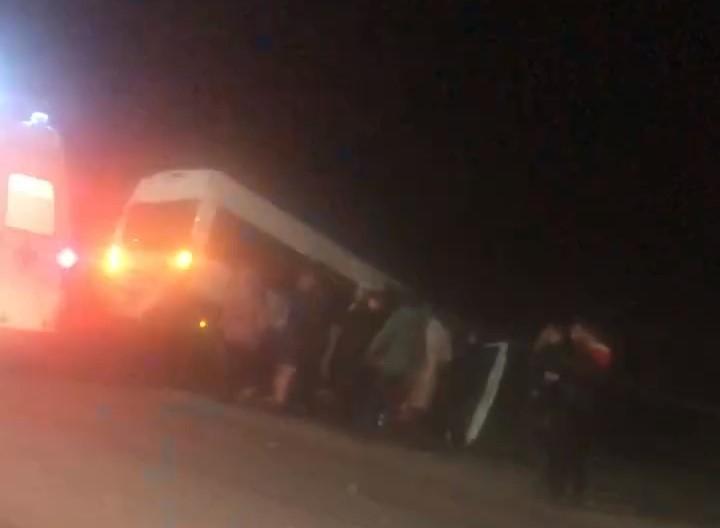 В ДТП с участием микроавтобуса и «Инфинити» в Ярославле пострадали восемь человек