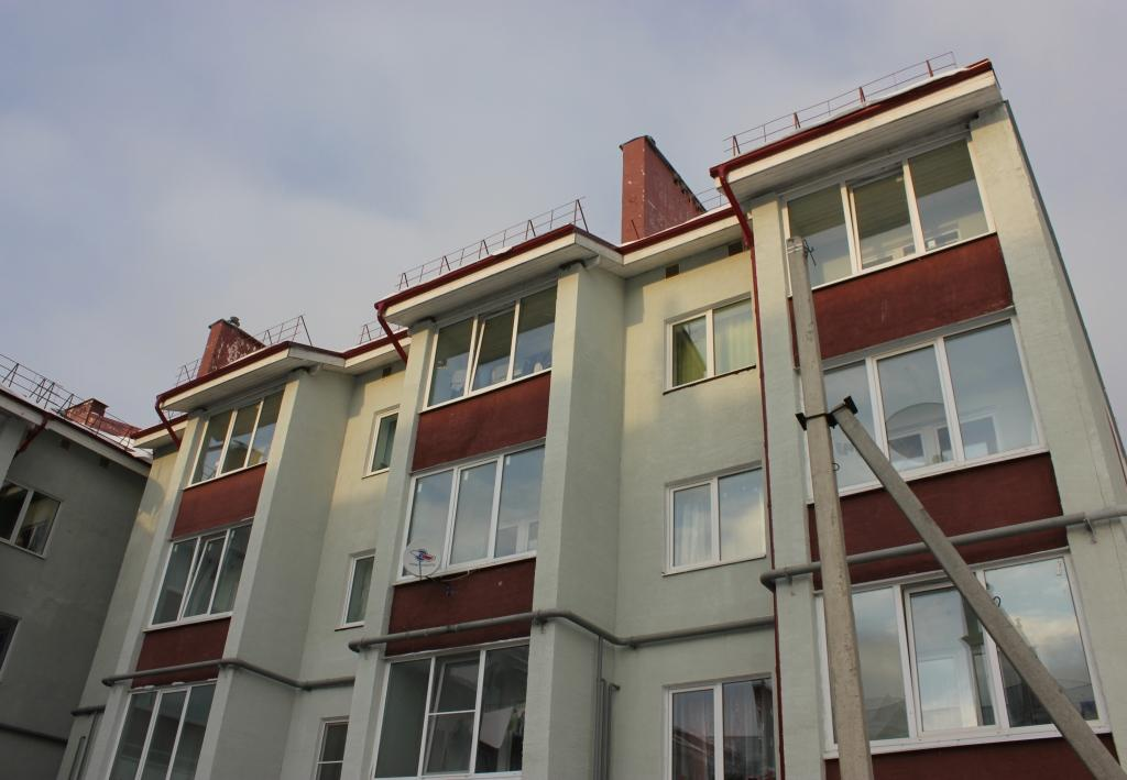 Детям-сиротам из Ярославской области с начала года предоставили более 50 квартир