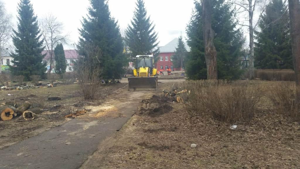 В Данилове началось благоустройство Советской площади в рамках нацпроекта