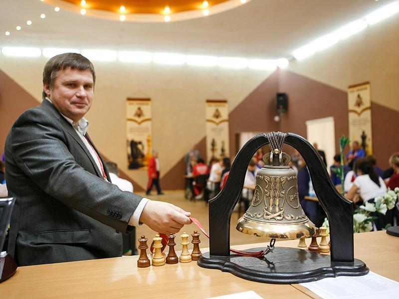 Шахматисты из разных стран сражаются за Кубок Демидовского университета
