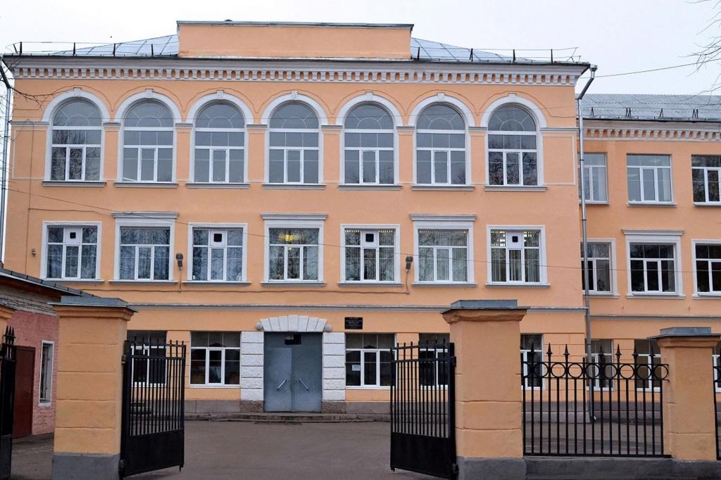 Начался процесс перевода трех ярославских школ на региональный уровень