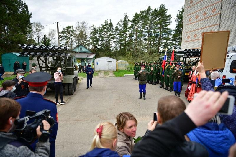 Ярославская область присоединилась к всероссийской акции «Парад у дома ветеранов»