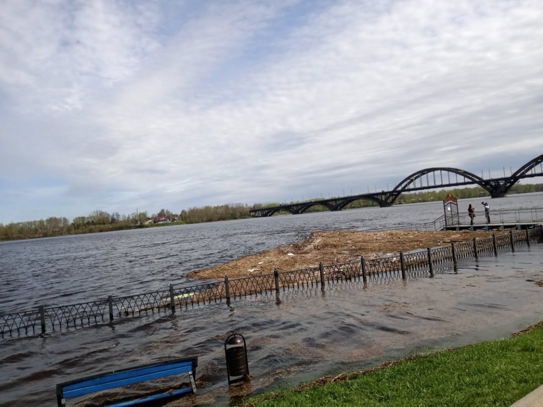 Росводресурсы решают вопрос о снижении уровня воды в Волге
