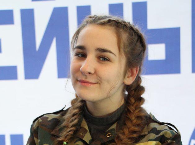 За право и порядок. Ярославна Полина Силантьева мечтает продолжить семейную династию полицейских