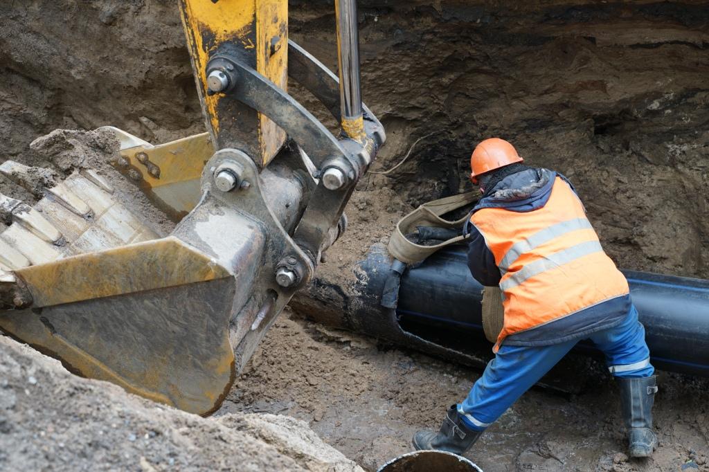 Водопроводные сети под объектами нацпроекта в Ярославле отремонтируют до начала дорожных работ