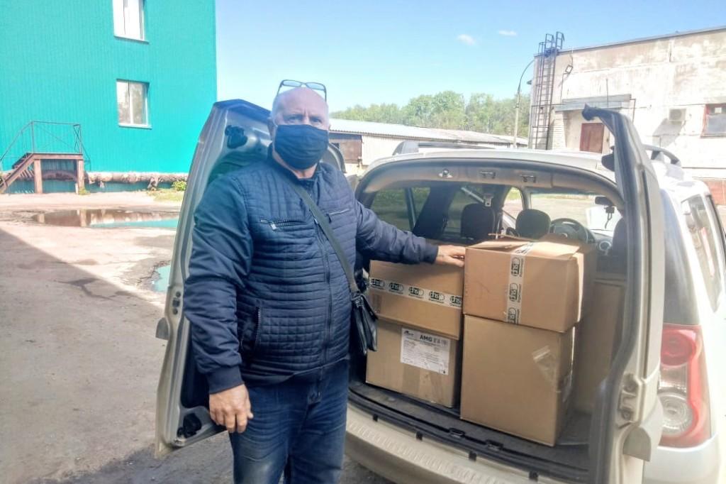Бесплатные маски по инициативе Дмитрия Миронова получат семьи, воспитывающие детей-инвалидов