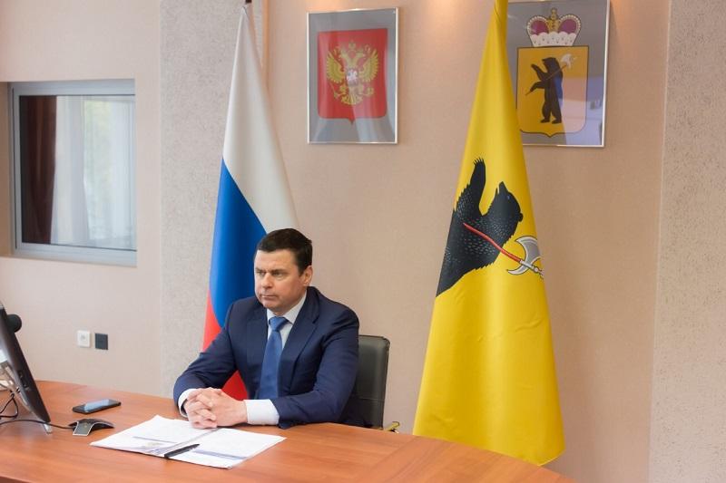Дмитрий Миронов: необходим оперативный мониторинг положения дел молодежи для оказания своевременной помощи