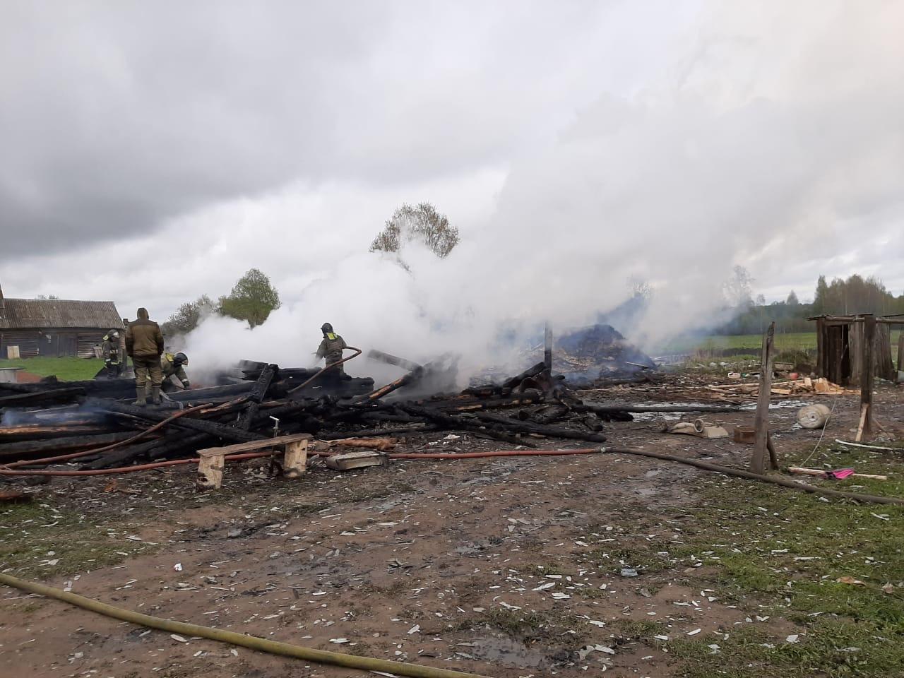 Временное жилье после пожара предоставлено многодетной семье из Угличского района