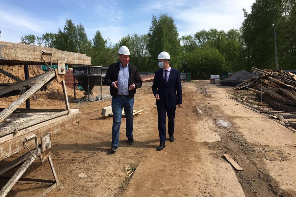 В Ярославле возобновили строительство проблемного жилого дома в поселке Сокол