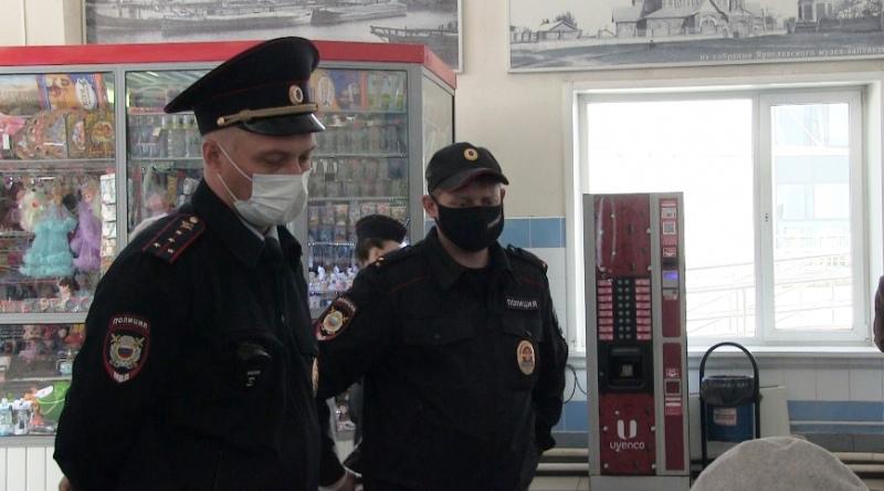 В Ярославской области в отношении двух сотен человек составили протоколы о нарушении масочного режима