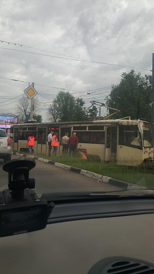 В Ярославле трамвай сошел с рельсов