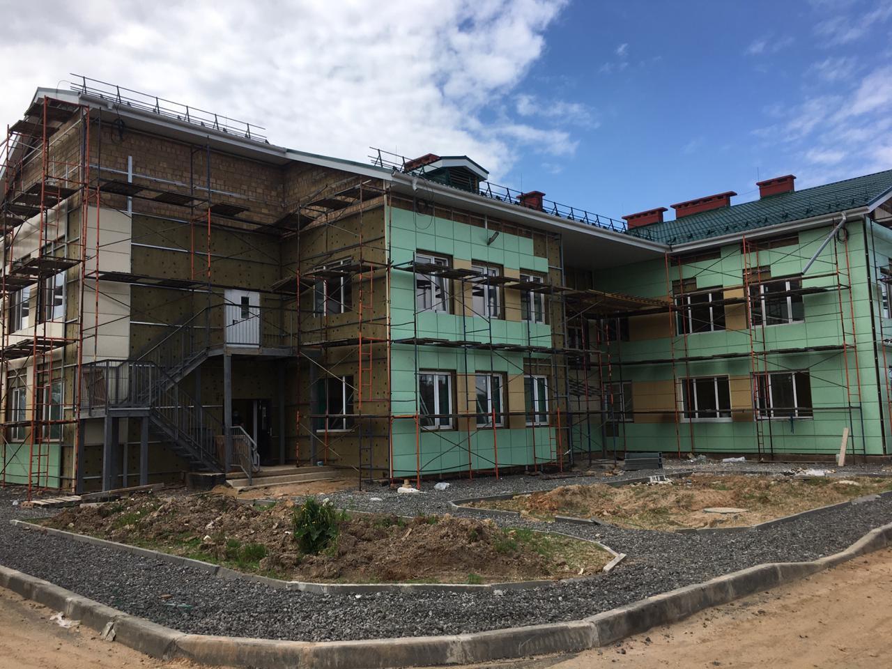 Строительство детского сада в Пошехонье близится к завершению