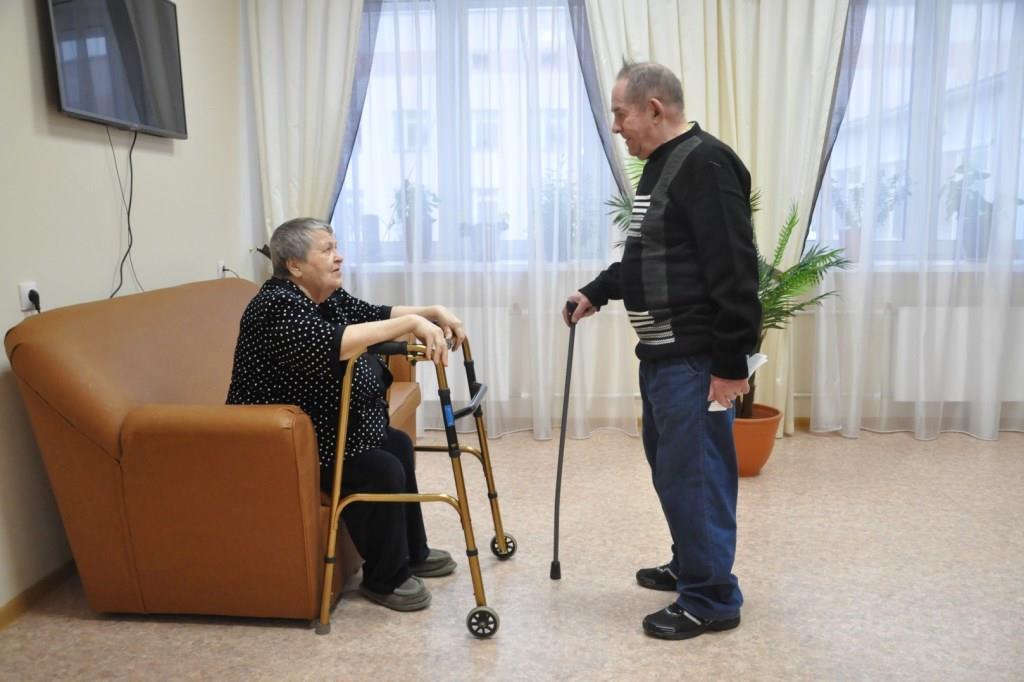 Граждане, принявшие под временную опеку инвалидов, престарелых и детей-сирот, могут получить специальную выплату