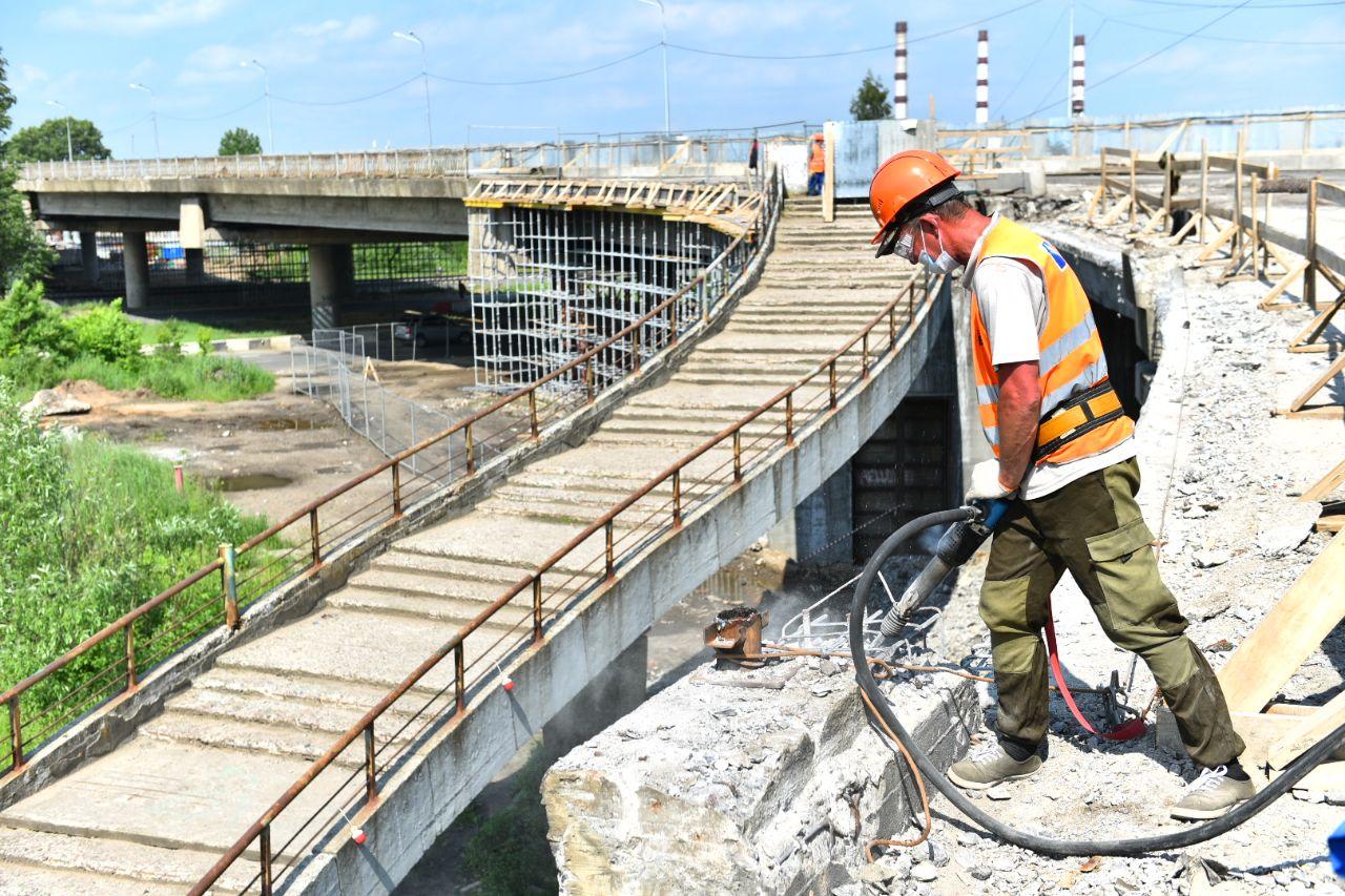 В Ярославле продлили запрет на движение по Добрынинскому мосту