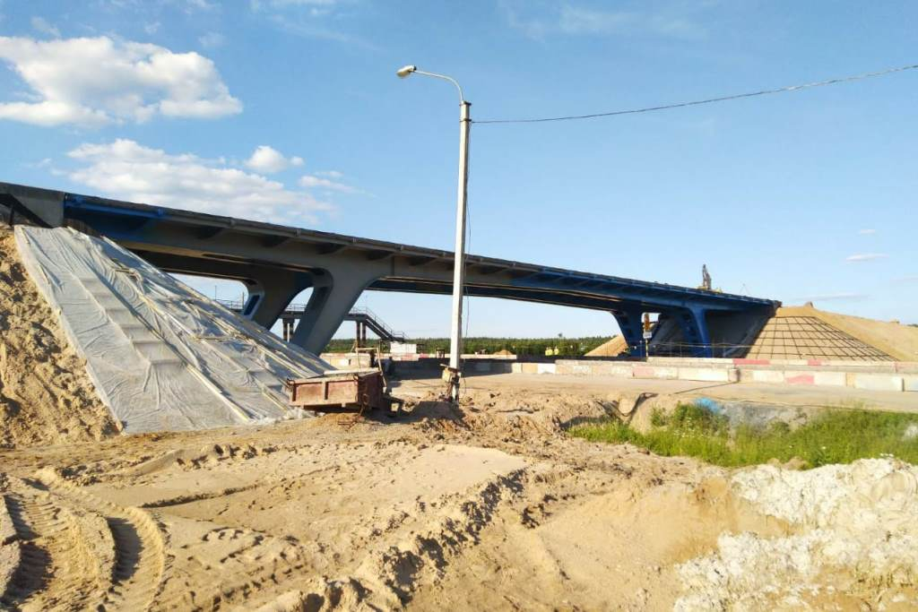 Путепровод через трассу М8 в Ярославском районе планируют открыть раньше срока