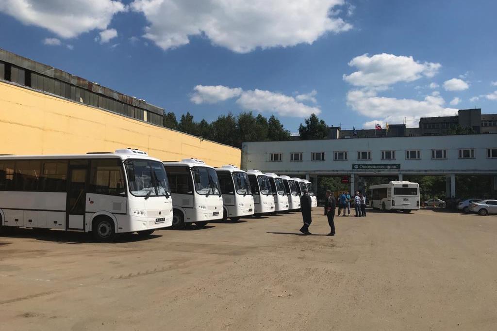 Десять новых автобусов пополнили автопарк Ярославского АТП