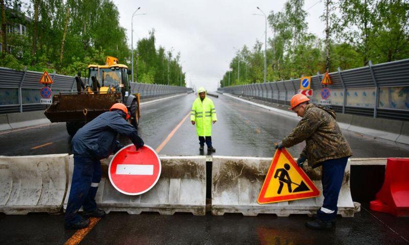 Проезд по Добрынинскому мосту в Ярославле будет закрыт еще две недели