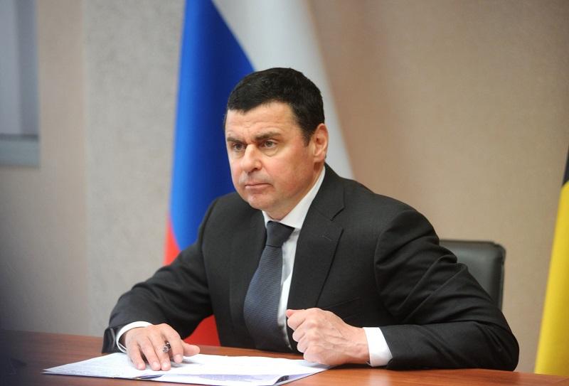 Дмитрий Миронов поблагодарил руководителей предприятий за помощь в борьбе с коронавирусом