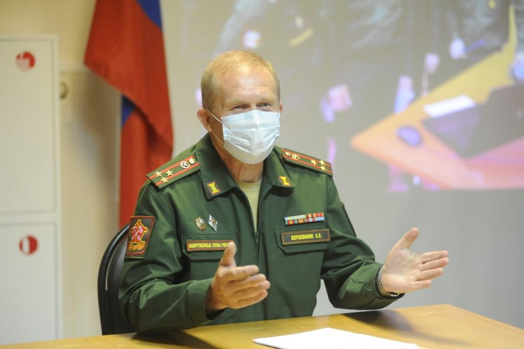 Призывники из Ярославской области отправились на службу в научные роты Минобороны России