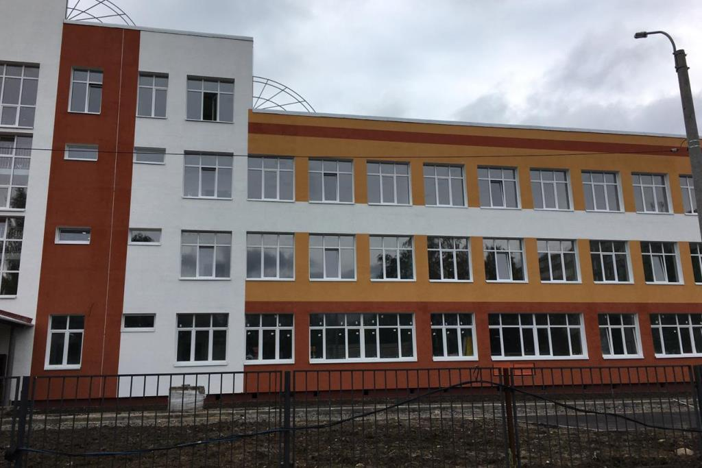 Три здания яслей и школу до конца года достроят в Рыбинске