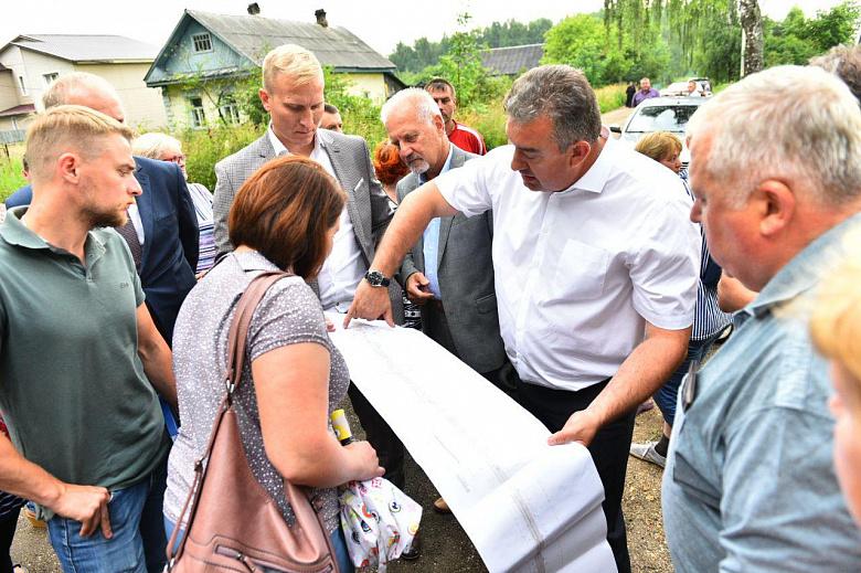 Власти Ярославля встретились с жителями улицы Колышкина после жалоб на перенос остановки