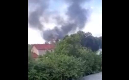 В Ярославле сгорел частный дом, в котором жили несколько семей