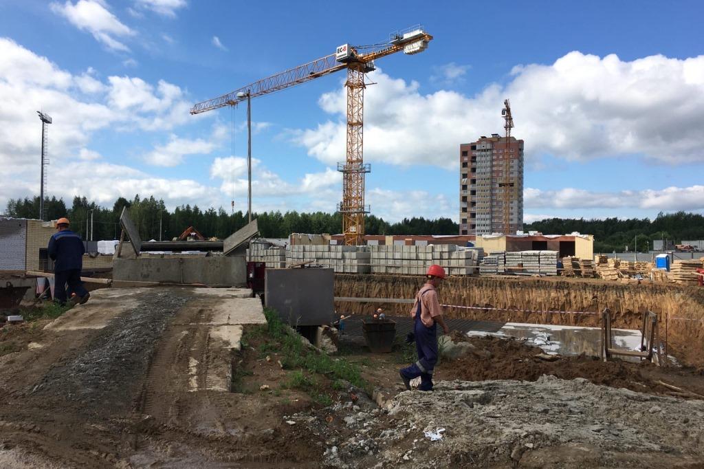 Школу, поликлинику, детские сады и ФОК строят в Ярославле в рамках нацпроектов