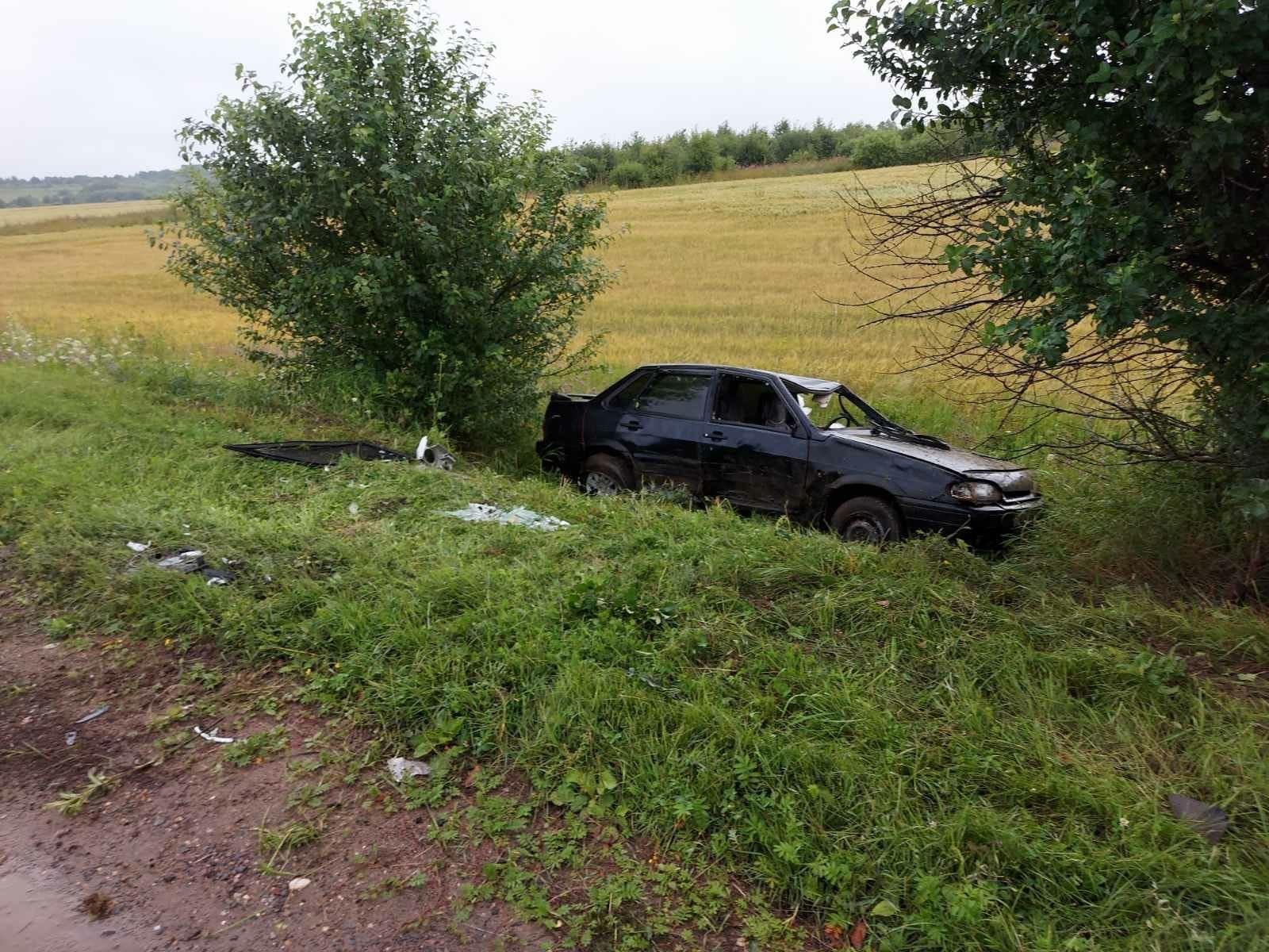 В Ярославской области в ДТП пострадали четверо детей и женщина