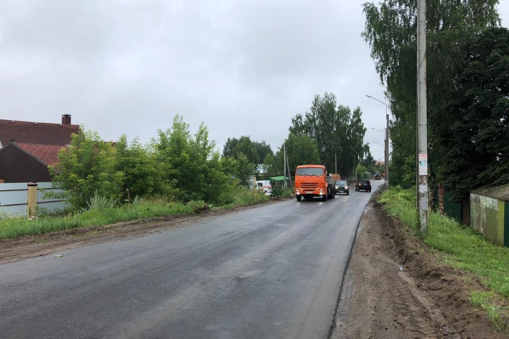 Дорогу до села Диево-Городище в Некрасовском районе ремонтируют по нацпроекту