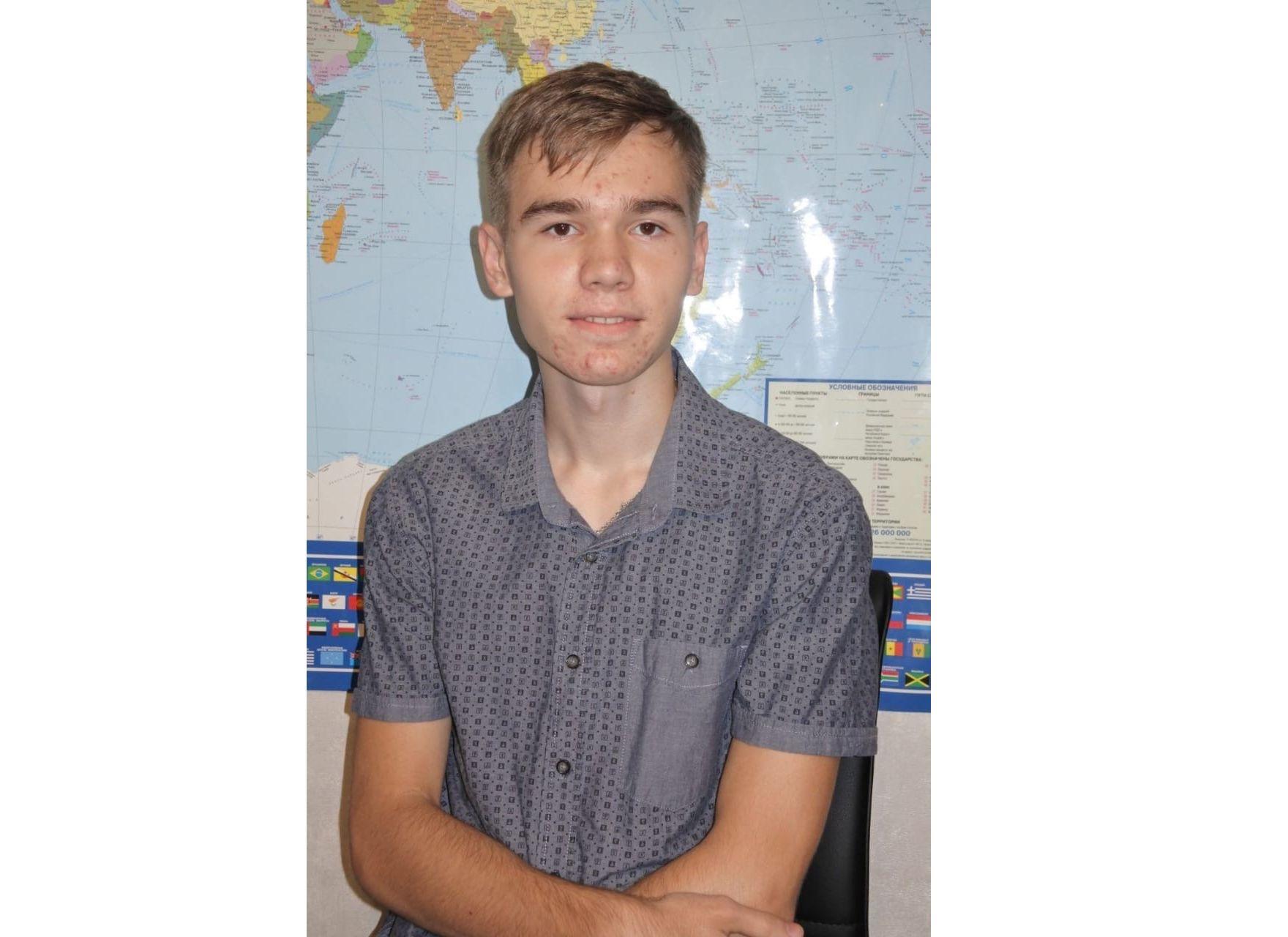 Дмитрий Миронов поздравил ярославских стобалльников