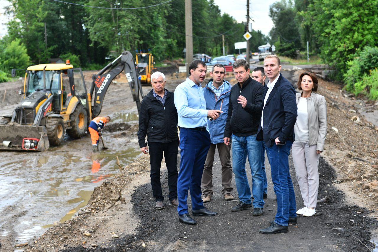 Власти Ярославля проверили ход работ на Тутаевском шоссе