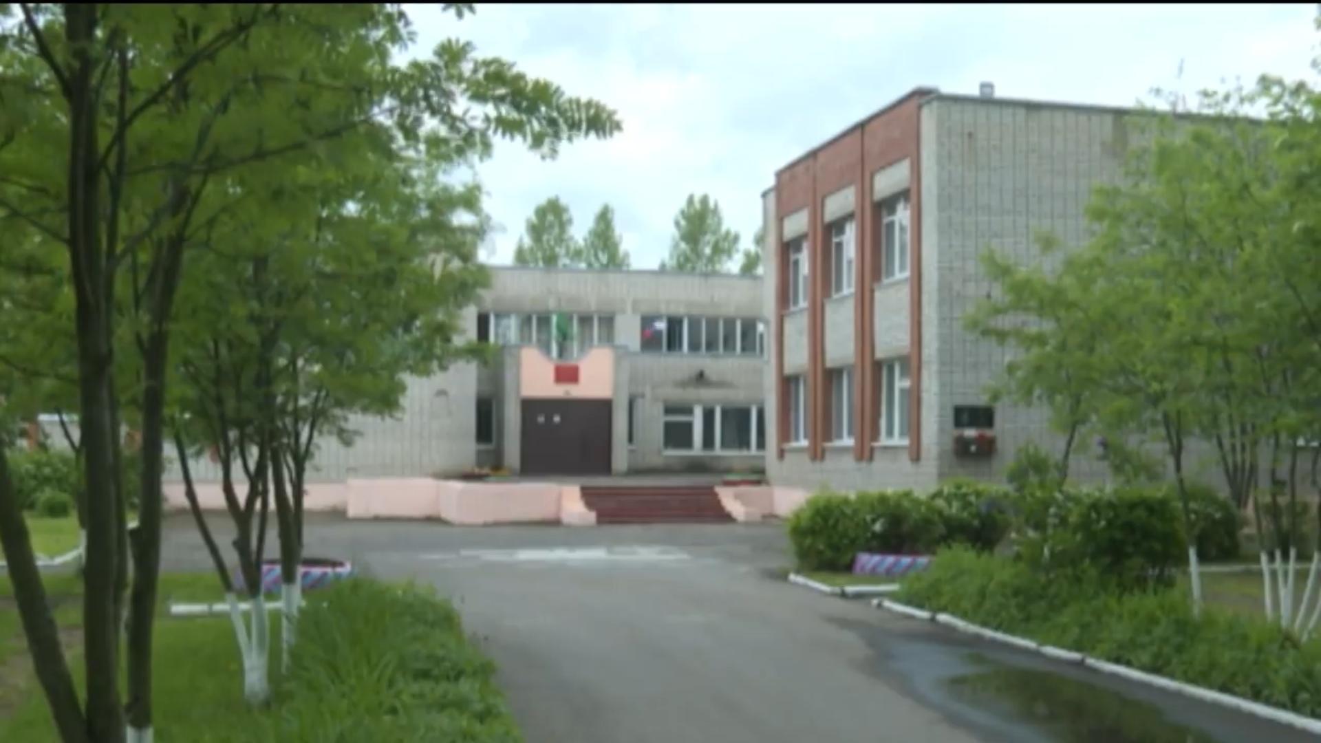 Роман Колесов: в Тутаевском районе в школе создают образовательный центр «Точка роста»