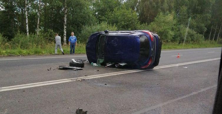 Один человек погиб и четверо пострадали в ДТП на трассе Ярославль-Рыбинск