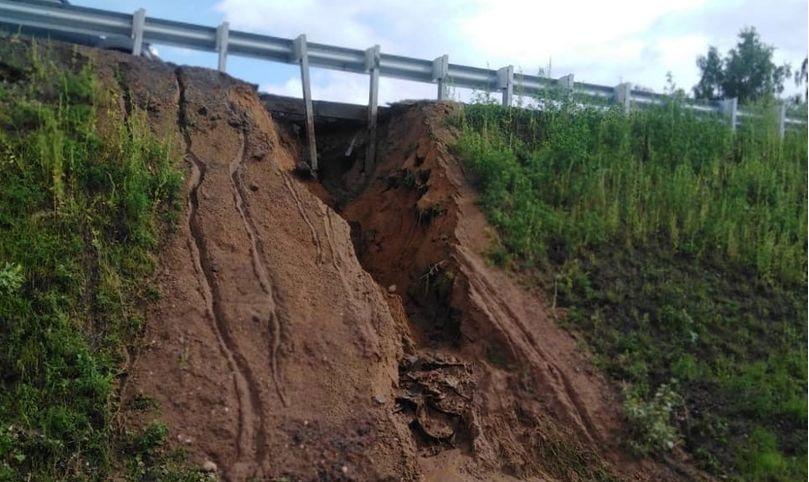 Мост через Солоницу в Ярославской области подрядчик восстановит по гарантии, движение не остановят