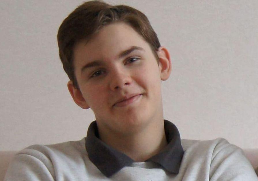 Дмитрий Миронов поздравил ярославца, который получил 100 баллов сразу по трем предметам