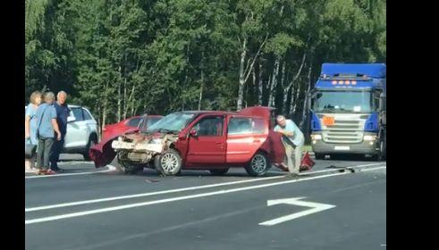 В ДТП на костромской трассе в Ярославской области погибла женщина