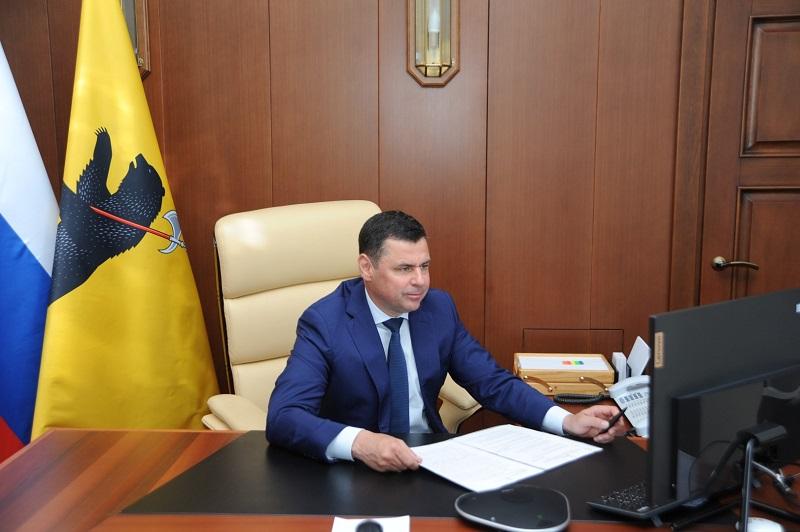 Дмитрий Миронов: 7,5 млн медицинских и гигиенических масок ежемесячно будет выпускать ростовское предприятие