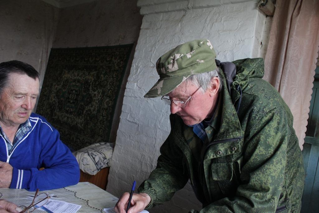 13 километров через леса, поля и реки: ярославский почтальон рассказал о трудностях на работе в селах