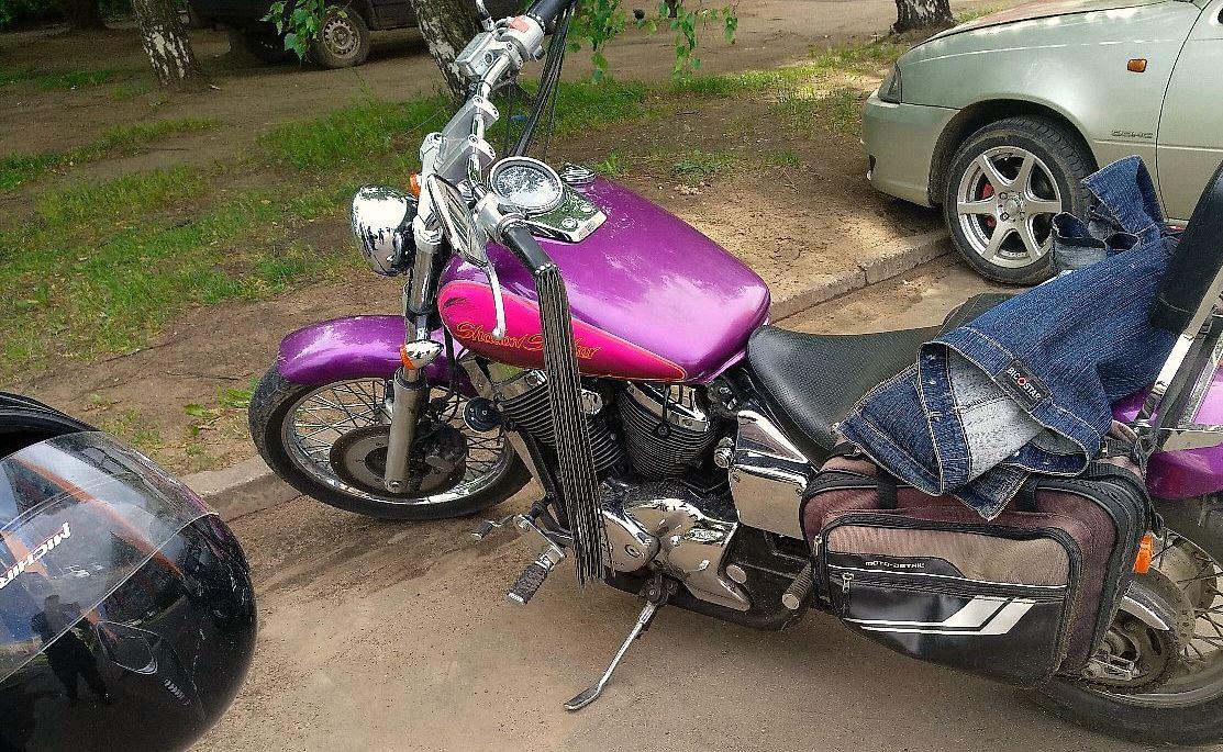 В Рыбинске подросток проломил крышу гаража и угнал мотоцикл