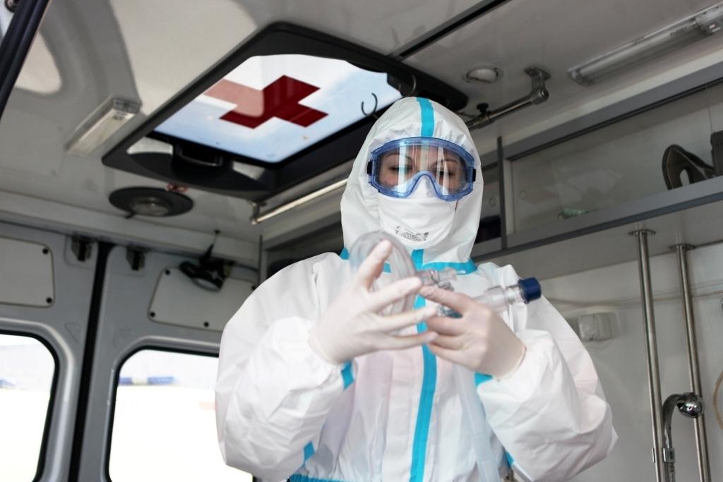 Дмитрий Миронов: направили дополнительно 80 млн на выплаты медикам