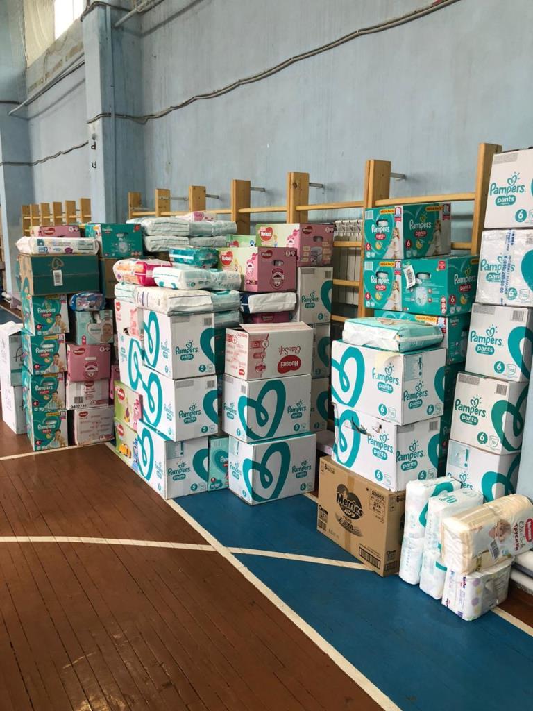 Дмитрий Миронов: гуманитарную помощь направили в 15 детских домов