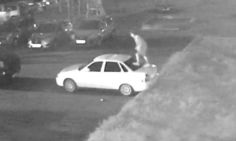 В Рыбинске задержали мужчину, изуродовавшего шесть автомобилей