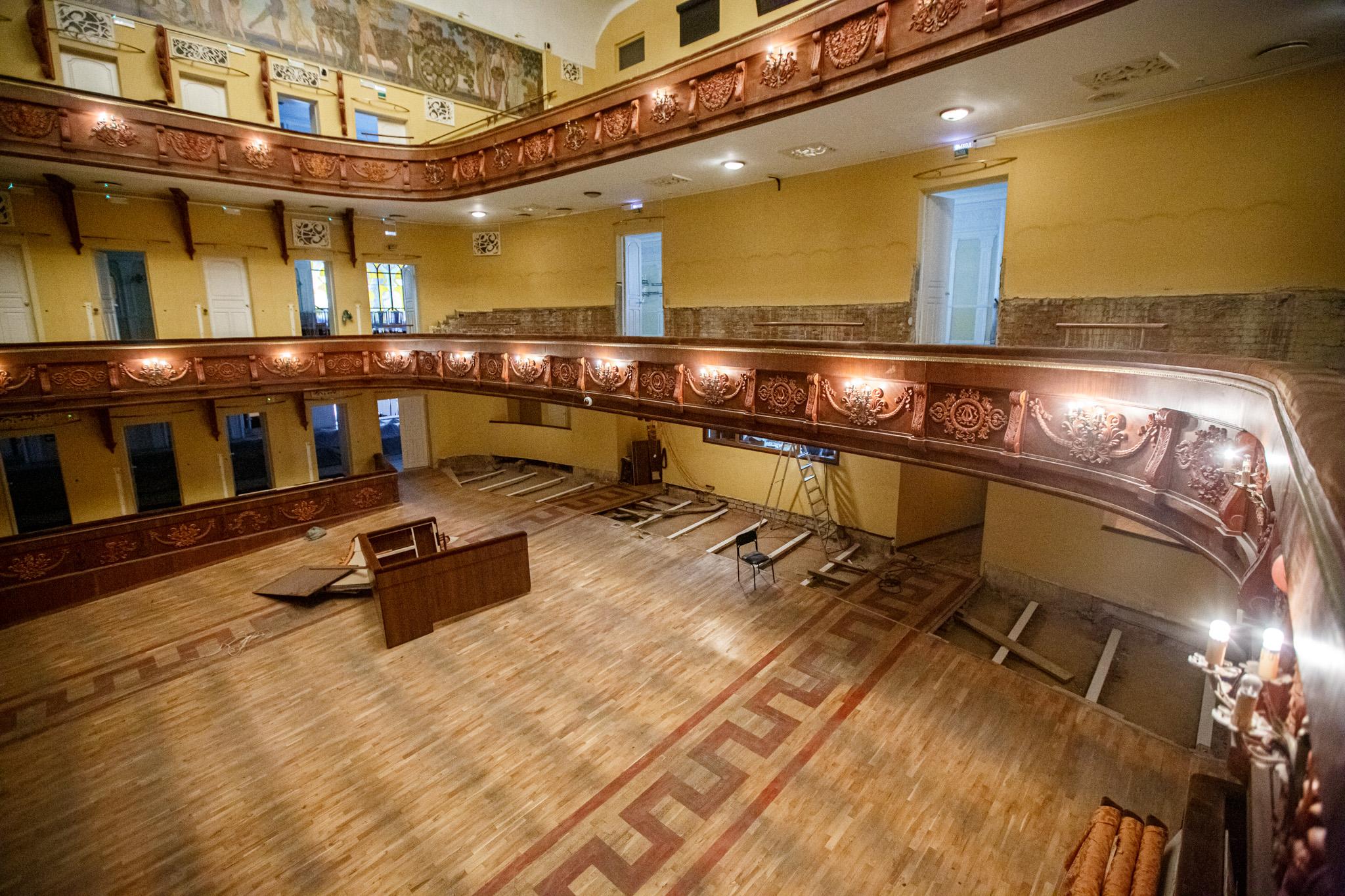 В Волковском театре сообщили, когда откроют двери для зрителей