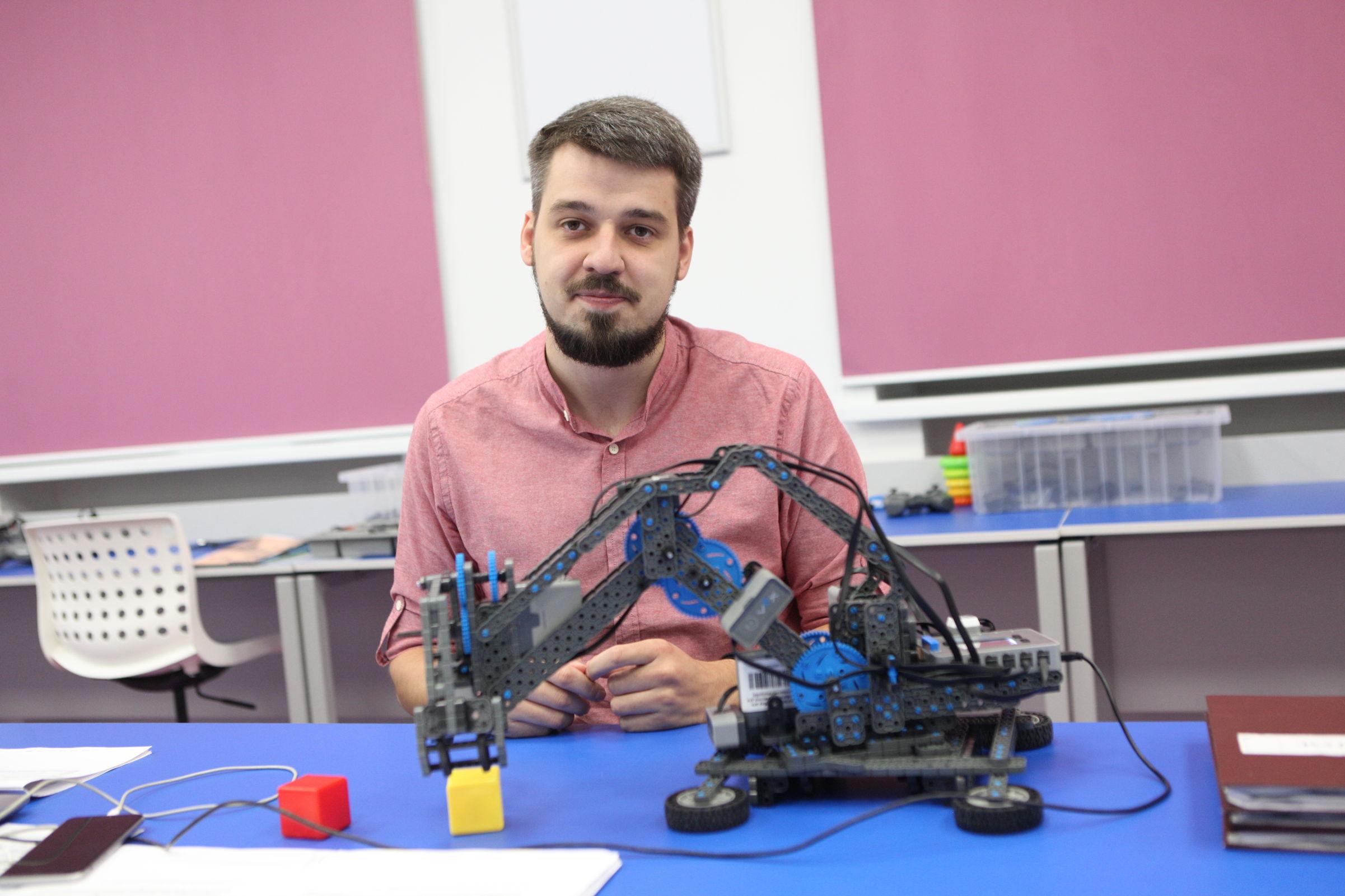 Технологии будущего. Как «Кванториумы» в Ярославской области готовятся к новому учебному году