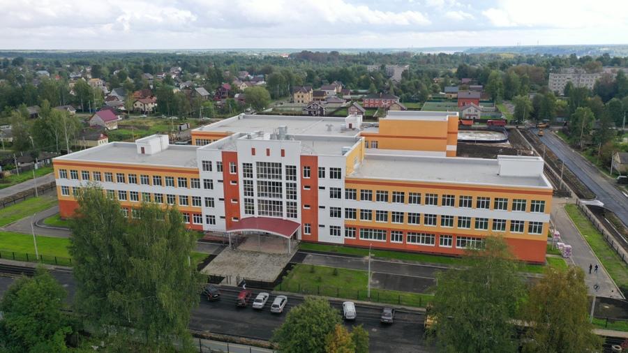 Дмитрий Миронов открыл в Рыбинске новую школу