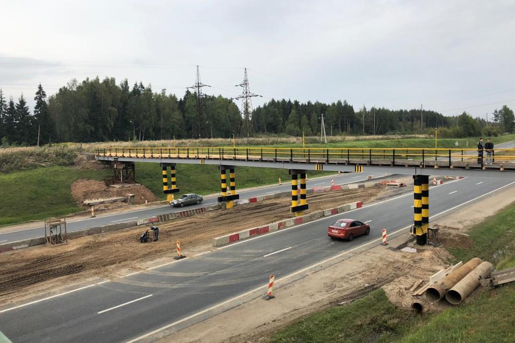 Путепровод через федеральную трассу М8 «Холмогоры» закрыли на ремонт