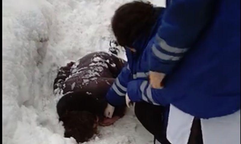 Женщина пострадала от ледяной глыбы: в Ярославле осудили бывшего сотрудника УФСИН за халатность