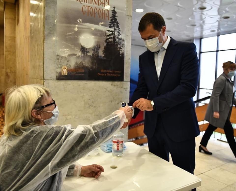 Мэр Ярославля лично проверил работу участков на дополнительных выборах