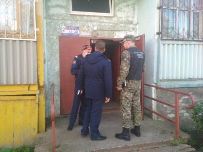 В квартире в Рыбинске нашли тела двух убитых девочек