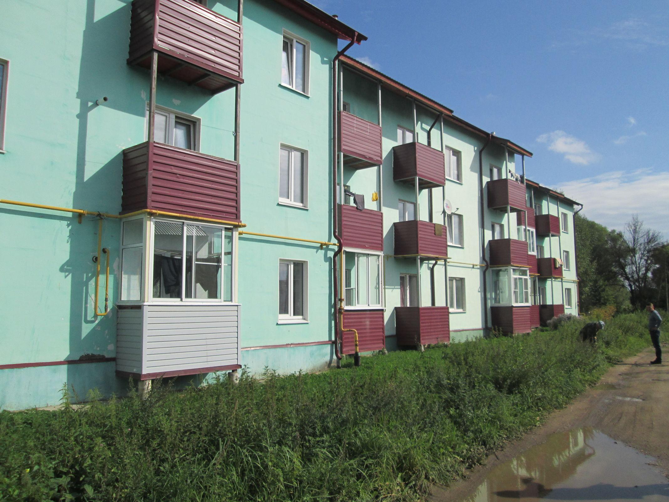 100 квартир предоставлено детям-сиротам в Ярославской области с начала года
